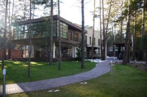 """Жилой дом X-House, получивший 1-е место на конкурсе """"Золотая капитель"""" на проекте."""